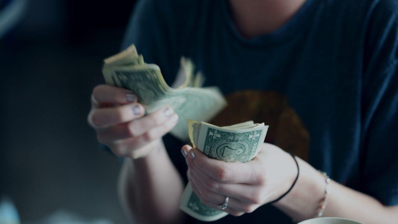 お金がかからない